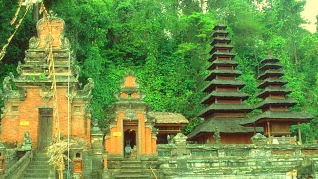 A Tourist's Guide To Balinese Temples